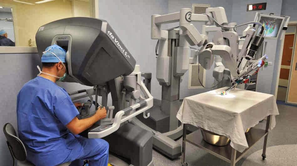 Nga dùng hệ robot để đào tạo bác sĩ